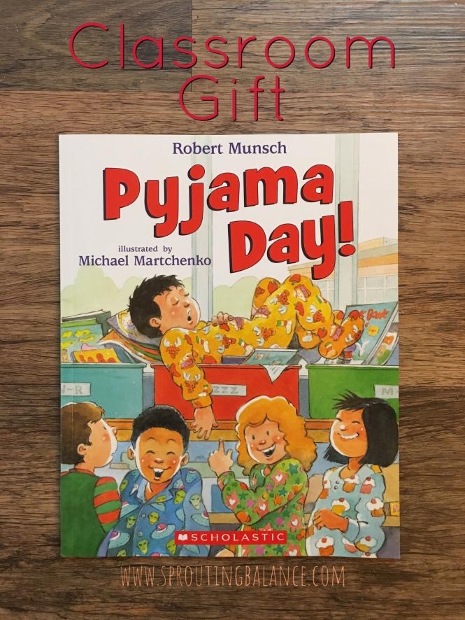 Classroom Gift | www.sproutingbalance.com | #classroom #gift #teacher #book