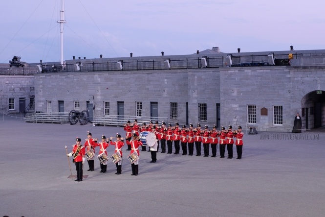 Every Summer has a Story: 2018 Ottawa - Fort Henry | www.sproutingbalance.com | #Kingston #Fort #Henry #Sunset #Ceremony #trip